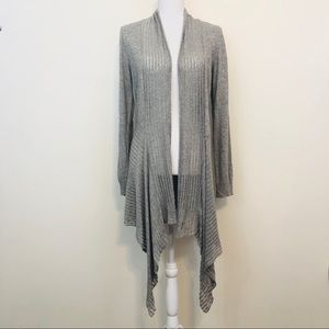 MAX STUDIO STYLISH GRAY SWEATER SIZE M